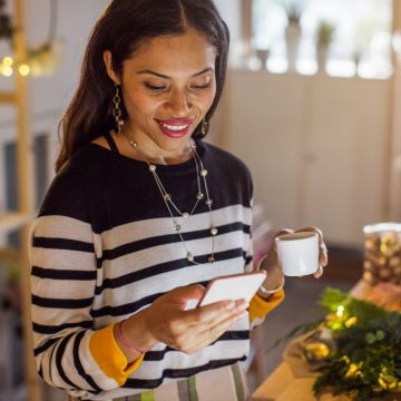 Facebook: Shop on Facebook and Instagram This Holiday Season